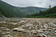 Ποταμός της Maya Βόρεια του εδάφους Khabarovsk Άπω Ανατολή στοκ φωτογραφία με δικαίωμα ελεύθερης χρήσης