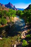 Ποταμός της Virgin που τρέχει μέσω του εθνικού πάρκου Zion, Γιούτα Στοκ Φωτογραφίες