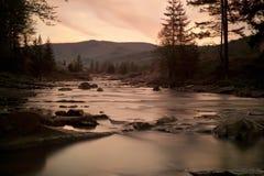ποταμός τοπίων Στοκ φωτογραφίες με δικαίωμα ελεύθερης χρήσης