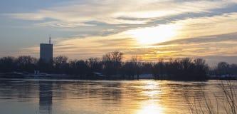 Ποταμός το χειμώνα Στοκ εικόνες με δικαίωμα ελεύθερης χρήσης