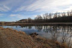 ποταμός φθινοπώρου αργά Στοκ Εικόνα
