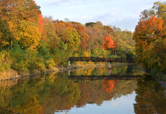 ποταμός φθινοπώρου Στοκ Φωτογραφία