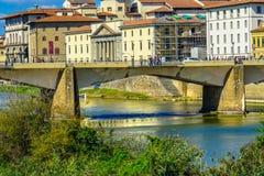 Ποταμός Φλωρεντία Ιταλία Grazie Arno γεφυρών Ponte alle στοκ φωτογραφίες με δικαίωμα ελεύθερης χρήσης