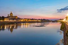 Ποταμός Φλωρεντία Ιταλία Arno Fiume τη νύχτα Στοκ Εικόνα