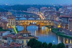 Ποταμός Arno και Ponte Vecchio στη Φλωρεντία, Ιταλία Στοκ Εικόνα