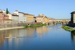 Ποταμός Arno στη Φλωρεντία στην Ιταλία Στοκ φωτογραφία με δικαίωμα ελεύθερης χρήσης
