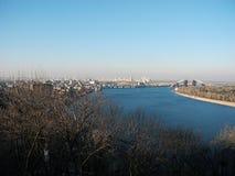 Ποταμός Dnipro και πόλη του Κίεβου Στοκ φωτογραφία με δικαίωμα ελεύθερης χρήσης