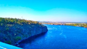 Ποταμός Dnipro στην πόλη Dnipro Ουκρανία Στοκ εικόνα με δικαίωμα ελεύθερης χρήσης