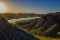 Ποταμός Ili, Καζακστάν Τοπίο στεπών την άνοιξη Στοκ Φωτογραφίες