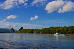 Ποταμός Krabi Στοκ εικόνες με δικαίωμα ελεύθερης χρήσης