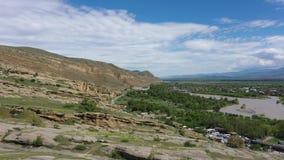 Ποταμός Kura και σχηματισμοί βράχου ψαμμίτη απόθεμα βίντεο