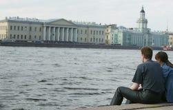ποταμός neva ζευγών Στοκ εικόνες με δικαίωμα ελεύθερης χρήσης