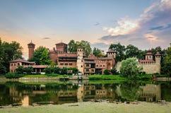 Ποταμός Po και Borgo Medievale του Τορίνου Τουρίνο Στοκ φωτογραφίες με δικαίωμα ελεύθερης χρήσης