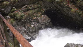 Ποταμός Radovna Φαράγγι Vintgar Γέφυρα και δίνη φιλμ μικρού μήκους