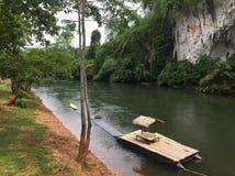 Ποταμός Suratthani Ταϊλάνδη Sok Kao Στοκ φωτογραφία με δικαίωμα ελεύθερης χρήσης