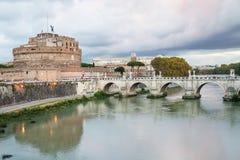 Ποταμός Tiber, Castle του ιερού αγγέλου στη Ρώμη Στοκ Φωτογραφίες