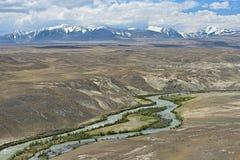 Ποταμός Uzun Chagan, βουνά Altai στοκ εικόνες με δικαίωμα ελεύθερης χρήσης
