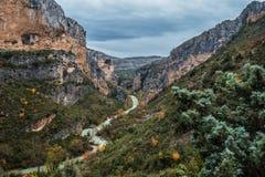 Ποταμός Vero στη σειρά βουνών Guara Στοκ Φωτογραφία
