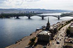 Ποταμός Yenisei στην πόλη Krasnoyarsk, Ρωσία Στοκ Εικόνα