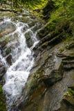 Ποταμός Zhenets βουνών Ð  Στοκ φωτογραφία με δικαίωμα ελεύθερης χρήσης