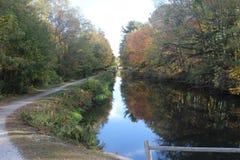 Ποταμών κάμψεων ποταμών αγροτικών ιχνών και άποψη Στοκ Εικόνα