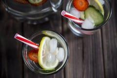 Ποτό διατροφής με τον πάγο Χωρίς θερμίδες Στοκ εικόνες με δικαίωμα ελεύθερης χρήσης