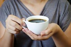 ποτό καφέδων Στοκ φωτογραφίες με δικαίωμα ελεύθερης χρήσης
