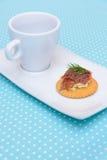 Ποτό με το μπισκότο τυριών κρέμας σολομών Στοκ φωτογραφίες με δικαίωμα ελεύθερης χρήσης