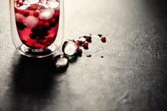 Ποτό μούρων με τον πάγο στοκ εικόνες