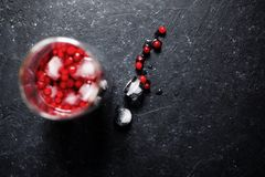Ποτό μούρων με τον πάγο στοκ εικόνα με δικαίωμα ελεύθερης χρήσης