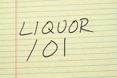 Ποτό 101 σε ένα κίτρινο νομικό μαξιλάρι Στοκ Εικόνες