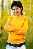 πουλόβερ κοριτσιών κίτρι&nu Στοκ φωτογραφία με δικαίωμα ελεύθερης χρήσης