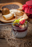 Πουτίγκα σπόρου Chia με τα φρούτα Στοκ εικόνες με δικαίωμα ελεύθερης χρήσης