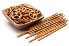 που αλατίζεται pretzel κύπελλων saltsticks Στοκ Εικόνες