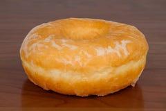 που βερνικώνεται doughnut λεπτ&o Στοκ Εικόνες