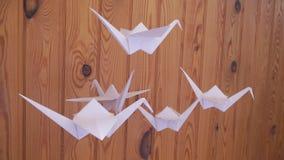 Πουλιά εγγράφου ιαπωνικό origami απόθεμα βίντεο