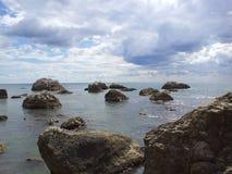 Πουλιά στις πέτρες Στοκ φωτογραφίες με δικαίωμα ελεύθερης χρήσης