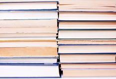 Πολλά βιβλία στη σειρά Στοκ Φωτογραφίες