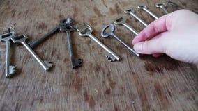 Πολλά εκλεκτής ποιότητας κλειδιά από την πόρτα απόθεμα βίντεο