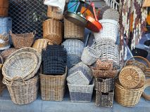 Πολλά καλάθια καλάμων, αγορές της Αθήνας Στοκ Εικόνα