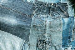 Πολλά υπόλοιπα των παλαιών τζιν trousers_1 Στοκ Εικόνες