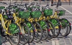 Ποδήλατα για δανεισμένος Στοκ εικόνα με δικαίωμα ελεύθερης χρήσης