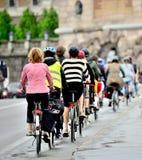 Ποδήλατα στην κυκλοφορία Στοκ εικόνες με δικαίωμα ελεύθερης χρήσης