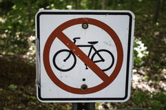 ποδήλατο κανένα οδηγώντα&si στοκ φωτογραφίες