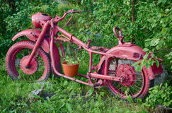 Ποδήλατο με τα λουλούδια Στοκ Εικόνες