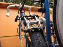 ποδήλατο που σταθμεύο&upsilo Στοκ Φωτογραφία
