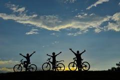 Ποδήλατο στην ομάδα φύσης Στοκ Εικόνες