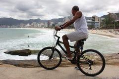 Ποδήλατο στην παραλία Arpoador Στοκ Φωτογραφίες