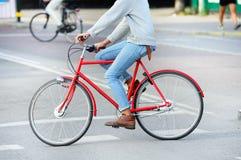 Ποδήλατο στο σχεδιάγραμμα Στοκ Φωτογραφία