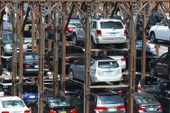 Πολλαπλής στάθμης χώρος στάθμευσης στην πόλη της Νέας Υόρκης Στοκ Εικόνα